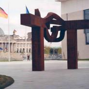 3er café. 10º aniversario de la muerte de Chillida. Homenaje en Berlín